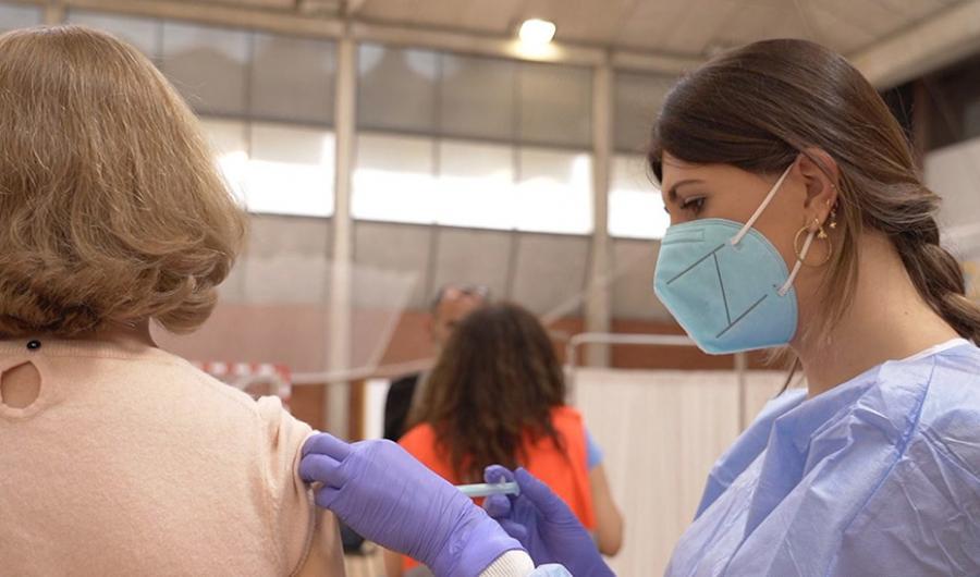 Actualidad Actualidad Andalucía amplía la petición de cita directa para vacunarse contra el Covid a nacidos en el 70, 71 y 72