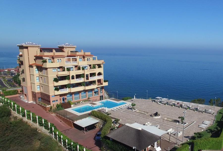 Turismo Hoteles El Resort Holiday World abre al 100 % su complejo hotelero  con la reapertura de Hydros Hotel