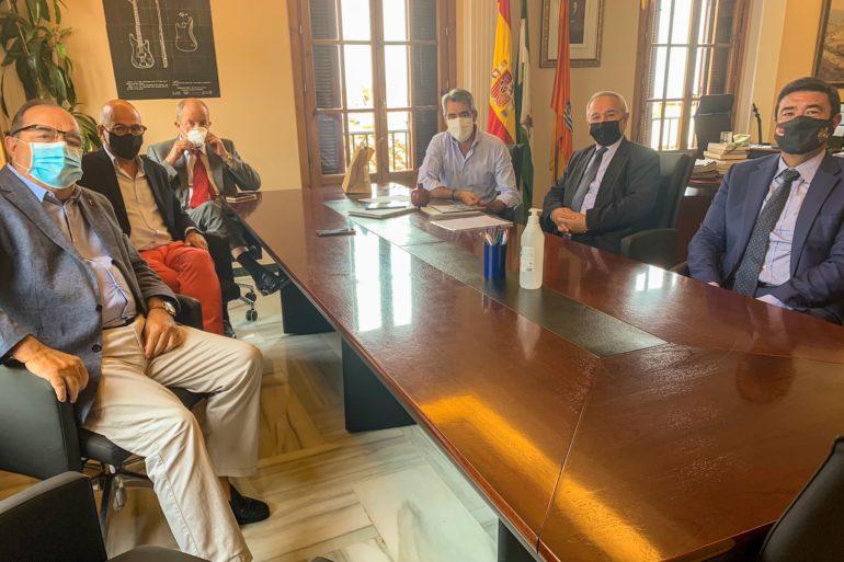 Benalmadena Benalmadena El alcalde de Benalmádena mantiene un encuentro con el embajador de Armenia en España