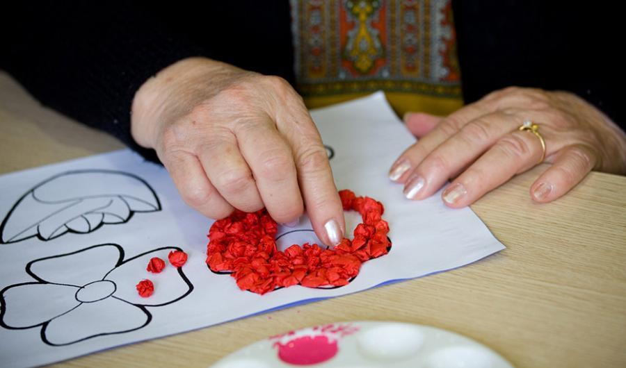 Actualidad Actualidad Salud y Familias trabaja en un nuevo Plan andaluz de Alzheimer y otras demencias