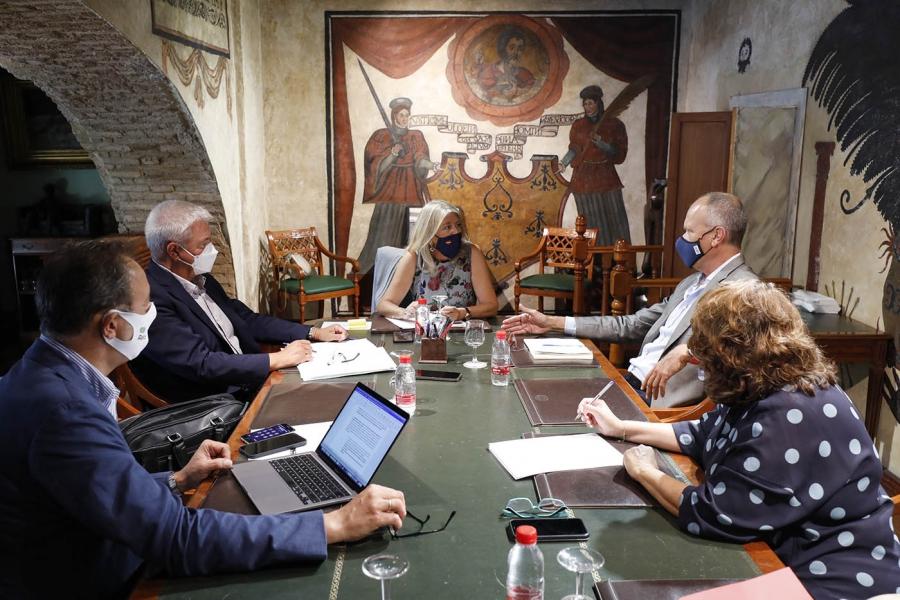 Marbella Marbella El Ayuntamiento de Marbella y Aehcos abordan asuntos de interés para el sector turístico en materia de promoción, infraestructuras y formación