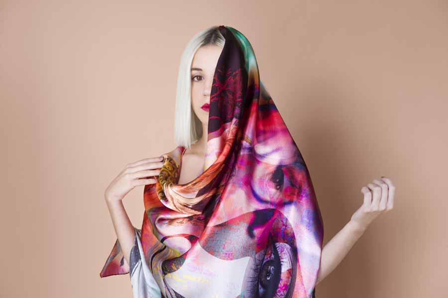 Moda Moda Cedotopía, la reinvención del pañuelo