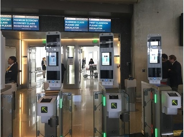 Actualidad Actualidad Reconocimientos faciales y huellas digitales para embarcar, el futuro de los aeropuertos