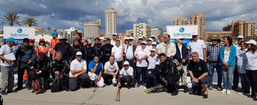 Fuengirola Fuengirola Más de 80 participantes y 600 kilos de basuras recogidas, balance de la 18 jornada de limpieza de fondos marinos del puerto de Fuengirola en la que colaboró Mancomunidad