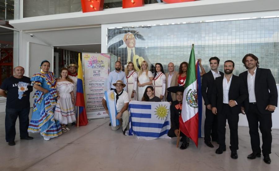 Torremolinos Torremolinos La gastronomía, el folclore y la artesanía de 14 países serán los protagonistas del III Festival Internacional de las Culturas