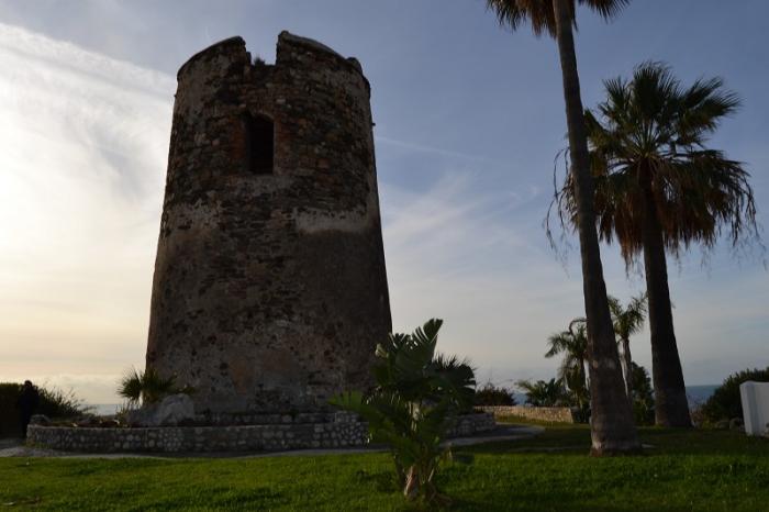 Benalmadena Benalmadena La Junta sostiene que ha vigilado y protegido la conservación de las tres torres vigía de Benalmádena