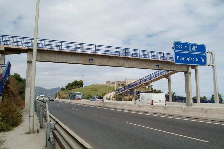 Fuengirola Fuengirola Abierta la pasarela peatonal que une la zona del Castillo Sohail con la urbanización Solvillas en Fuengirola