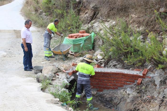 Mijas Mijas Mejoras en los caminos rurales de Mijas para evitar desbordamientos e incomunicaciones en caso de fuertes lluvias
