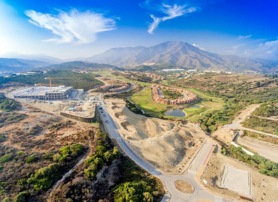 Estepona Estepona El entorno del hospital de Estepona se completará con una zona verde de 25.000 metros cuadrados
