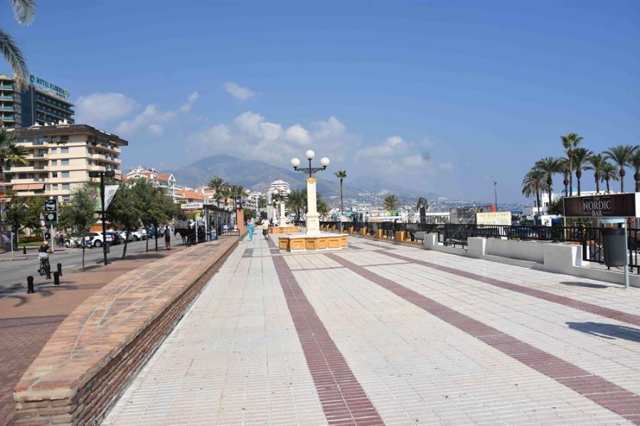 Fuengirola Fuengirola El Ayuntamiento de Fuengirola renovará e impermeabilizará las cubiertas de los locales del Puerto Deportivo para acabar con las filtraciones
