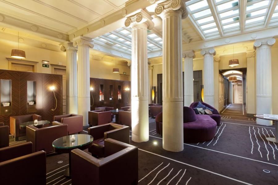 Turismo Hoteles Descubre la Barcelona más misteriosa desde la puerta de Hoteles Center