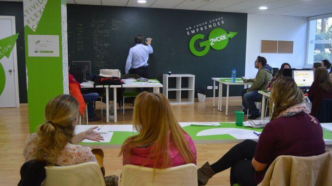 Torremolinos Torremolinos Dieciséis emprendedores inician su formación en la quinta edición del espacio coworking de Torremolinos