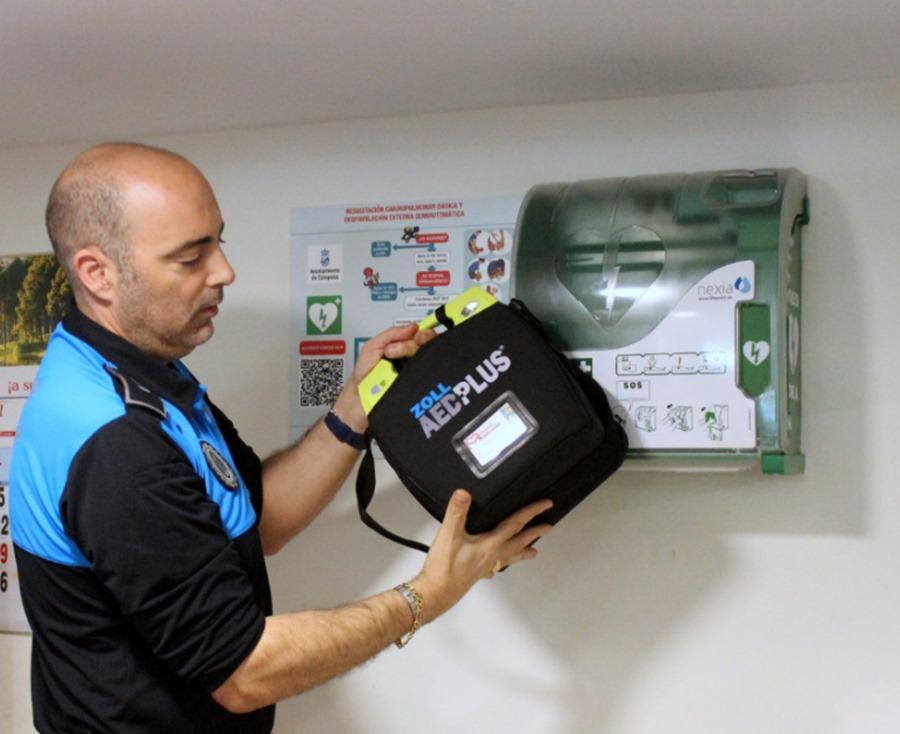 Estepona Estepona El Ayuntamiento de Estepona amplía la instalación de desfibriladores con un total de 15 dispositivos en zonas públicas
