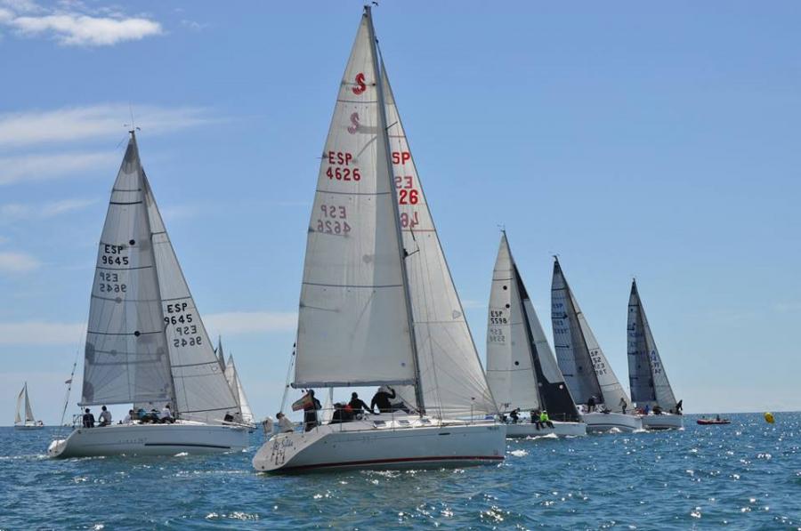 Benalmadena Benalmadena Una treintena de veleros y unos 150 regatistas participaron en la 17ª Edición de la Semana Náutica de la Costa del Sol celebrada en Benalmádena